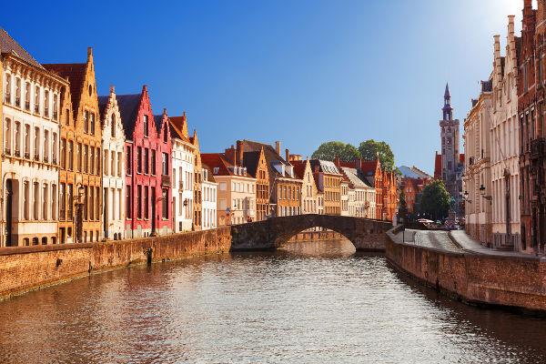 A Baixa Idade Média presenciou o aumento populacional e o crescimento urbano.