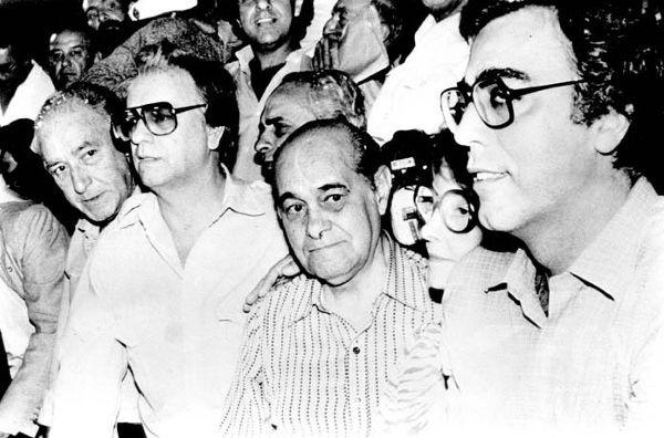 Itamar Franco (segundo da esquerda para a direita) acabou governando oficialmente o Brasil de dezembro de 1992 a dezembro de 1994.[2]