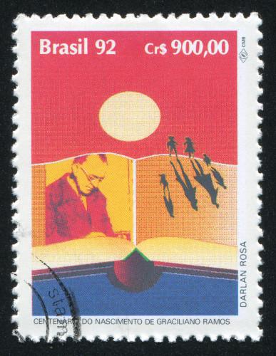 Selo comemorativo do centenário de Graciliano Ramos. [3]