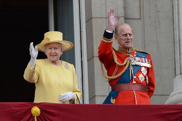 Elizabeth II e Philip estão casados desde 1947.[2]
