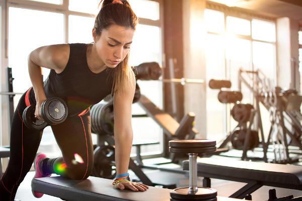 Atividades físicas são importantes, porém, antes de iniciá-las, é necessária uma avaliação médica.