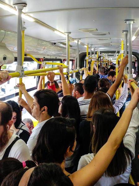 Transporte coletivo em São Paulo. [2]