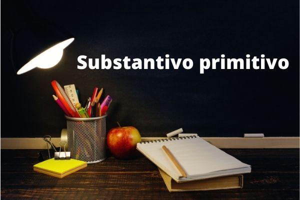 Os substantivos primitivos servem como base para outros, chamados derivados.