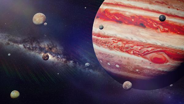 Devido ao seu tamanho, muitos satélites podem ser encontrados ao redor de Júpiter.