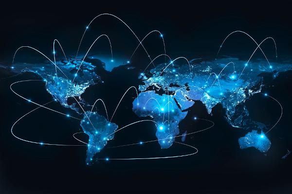 O meio técnico-científico-informacional propiciou a maior interconexão global, ao mesmo tempo que aprofundou desigualdades regionais.