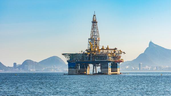 A descoberta do pré-sal alavancou a produção de petróleo e gás natural do Brasil.