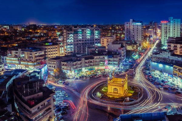 Karachi fica no sul do Paquistão e é a maior cidade do país.