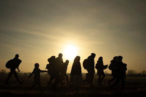 Os refugiados são pessoas que saíram à força do seu país de origem e que buscam asilo em outros territórios.[1]
