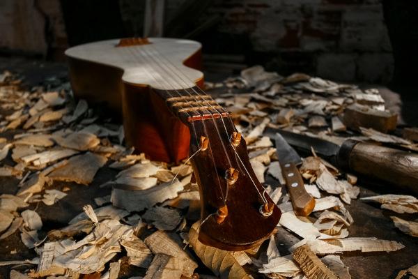 Viola de cocho, instrumento produzido em Cuiabá. [1]