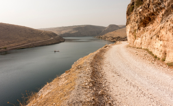 Trecho do rio Eufrates na Turquia.