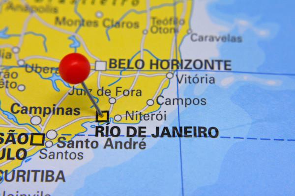 Mapa do litoral sudeste do Brasil com destaque para a cidade do Rio de Janeiro.