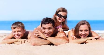 É importante ter cuidados com a saúde durante as férias