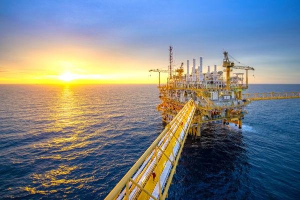 A indústria petrolífera é uma das propulsoras da economia no mundo todo, sendo o petróleo uma das mais importantes fontes de energia.