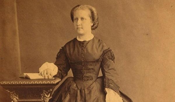 """Princesa Isabel, considerada """"A Redentora"""" por ter assinado a Lei Áurea"""