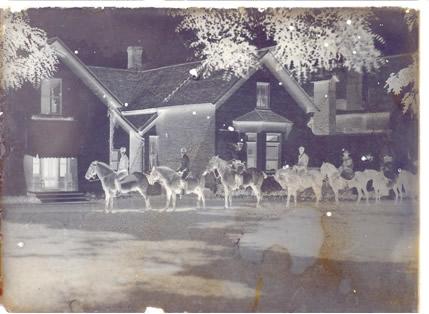 O registro de imagens antigas era feito em filmes fotográficos com sais de prata