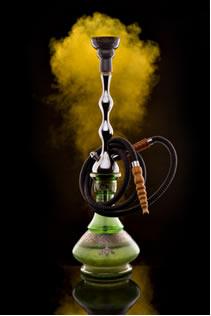O cachimbo d'água, ou narguilé, traz muito mais malefícios que o cigarro
