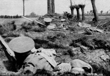 Tropas alemãs em combate contra os exércitos britânicos.
