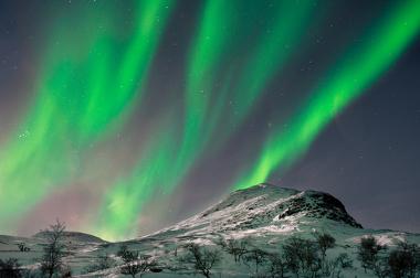 Fenômeno da aurora boreal registrado na cidade de Skibotn, Noruega