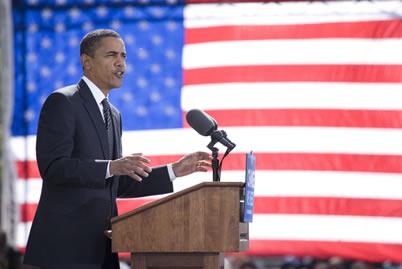 Em meio a críticas e protestos, Obama conseguiu que a Suprema Corte decretasse a constitucionalidade, em 2012, da reforma no sistema de saúde dos EUA.