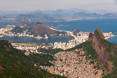A segregação urbana reflete-se na paisagem geográfica das cidades