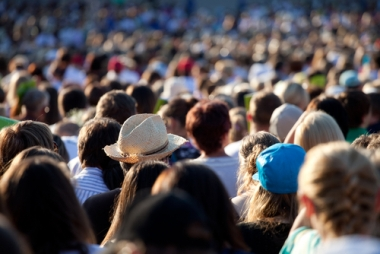 Diante da explosão demográfica do século XX, uma questão surgiu: será que o mundo suportará tanta gente?