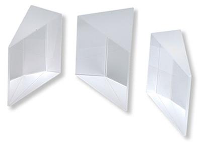Prismas são elementos de material transparente de faces planas e polidas