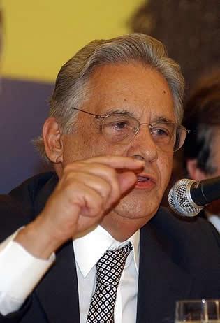 FHC usou o Plano Real como capital político para se eleger Presidente do Brasil em 1994*