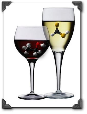 A transformação do vinho em vinagre é feita pela oxidação do etanol, produzindo o ácido acético