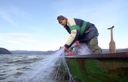 A atividade pesqueira é uma das mais atingidas pelo fenômeno El Niño