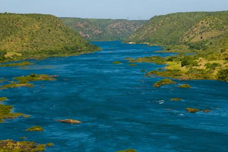 O Rio São Francisco é conhecido popularmente como Velho Chico