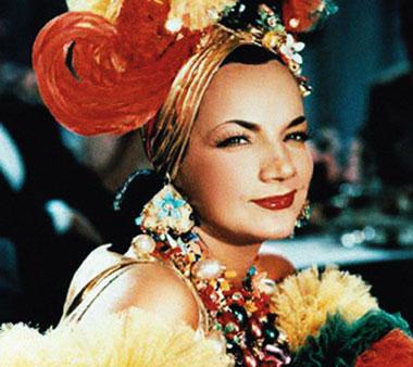 Carmem Miranda foi um fenômeno internacional da música brasileira.