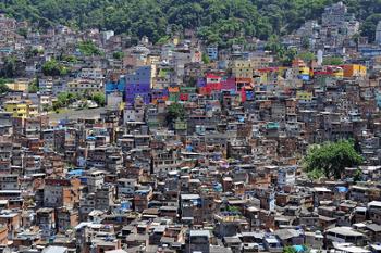 A falta de planejamento urbano causa problemas sociais e econômicos