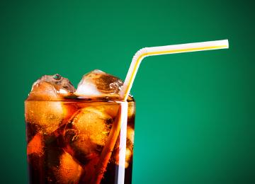 Pesquisas recentes revelam que o consumo de refrigerantes pode aumentar a ocorrência do câncer endometrial