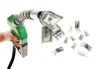 O craqueamento do petróleo aumenta o lucro obtido com as suas frações, principalmente com a gasolina