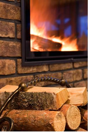 Quando queima, a madeira não passa por uma transformação física, mas sim química