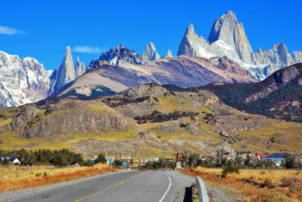 A Cordilheira dos Andes surgiu em decorrência de dobramentos
