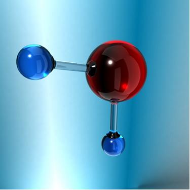A molécula de água é polar em virtude principalmente de sua geometria angular
