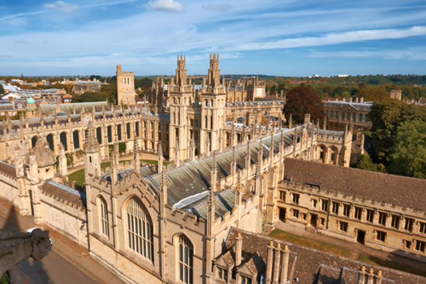 A Universidade de Oxford foi uma das mais prestigiadas no século XIII