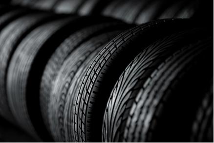 O isopreno, que está presente na constituição da borracha de pneus, é um dieno conjugado