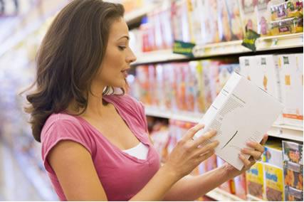Tudo indica que daqui alguns anos os rótulos dos alimentos não mostrarão somente a sua composição nutricional, mas também se estão contaminados ou não