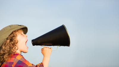 O anúncio publicitário é um gênero discursivo que pode ser ricamente trabalhado em sala de aula