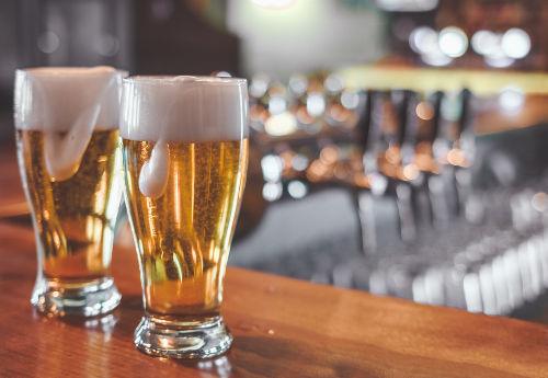 A cerveja é um líquido que apresenta em sua composição o malte