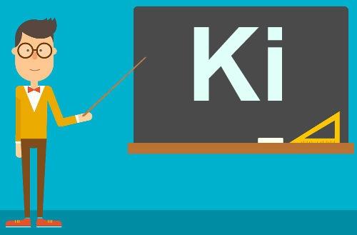 A constante de ionização (Ki) é utilizada em equilíbrios de ácidos ou bases