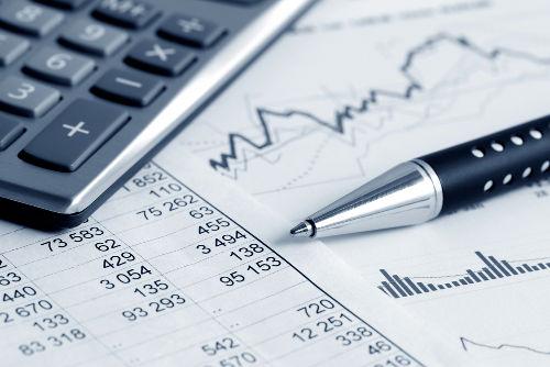 A CPMF é uma taxa cobrada sobre a movimentação financeira