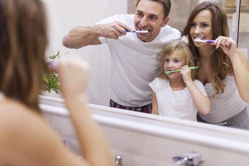 A escovação é essencial para a saúde dos dentes