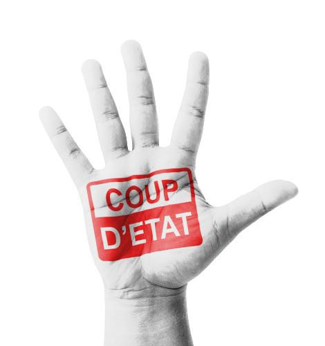 """A expressão """"Golpe de Estado"""" (Coup d'Etat, em francês) foi desenvolvida por Gabriel Naudé"""