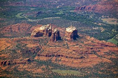 A Geomorfologia é responsável por estudar a dinâmica do relevo terrestre