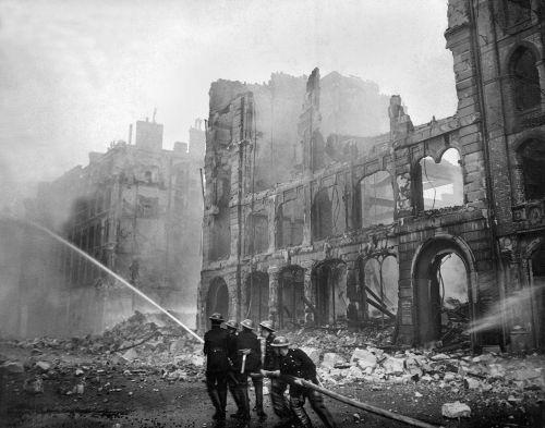 A Inglaterra foi um dos países mais bombardeados pela Alemanha durante a Segunda Guerra