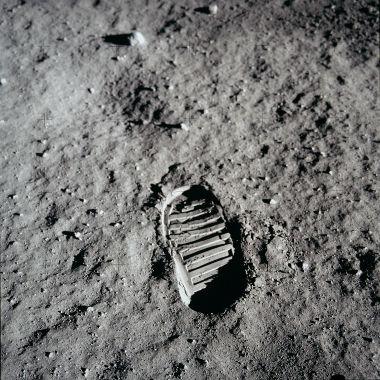 A pegada do homem na superfície lunar é uma das imagens mais importantes do século XX