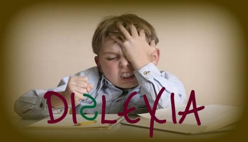 A pessoa dislexa tem dificuldade em ler, escrever, soletrar.